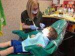 dziecko u stomatologa we Wrocławiu