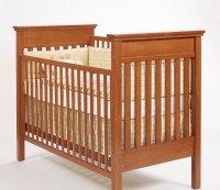 drewniane łóżeczko dla dzieci